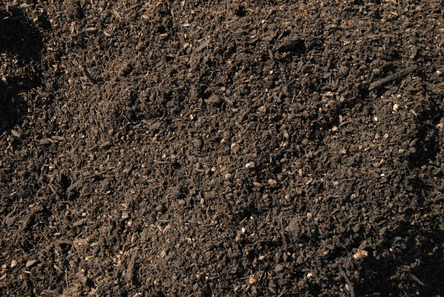 Garden soil bing images for Garden topsoil